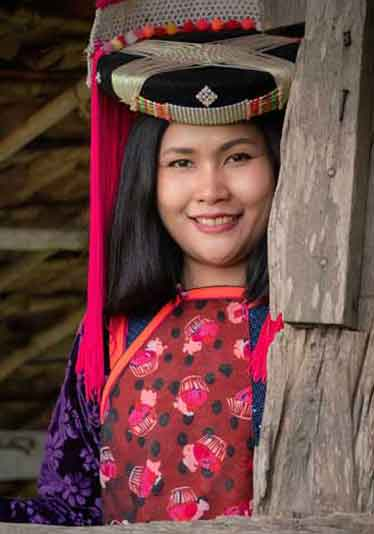 Lisu hill tribe girl